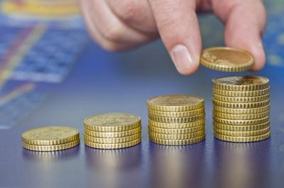 Osztalékkifizetés csak az ügyvédi irodába bevitt vagyoni hányad arányában? - Miniszteri állásfoglalás és tájékoztató