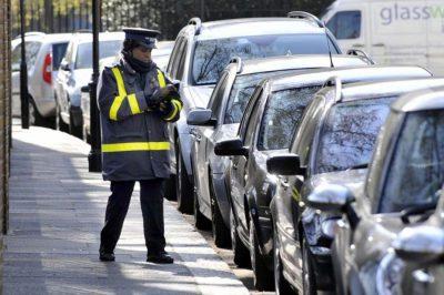 Ingyenes robotügyvédet fejlesztett parkolóbírságok intézésére egy brit fiatal