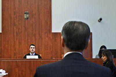 Elege lett, tiltakozásul lemondott tisztéről egy PKKB bíró - Az FT elutasítja a vádakat