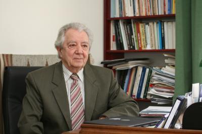 Elhunyt Samu Mihály jogász, egyetemi tanár
