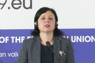 Nem tűzték napirendre az EU ügyészség leendő vezetőjének ügyét Bukarestben - jelentette be az EU igazságügyi biztosa