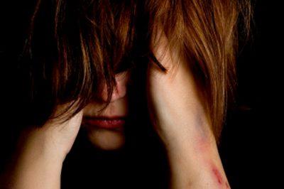 Módszertani útmutatót készített az Igazságügyi Hivatal a másodlagos áldozattá válás elkerülése érdekében