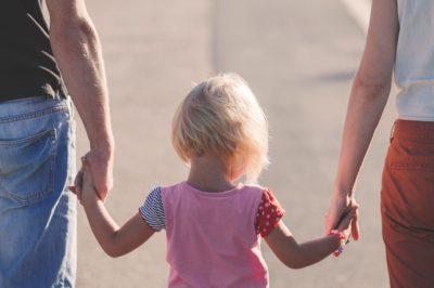 Nem egyértelmű a családi pótlék szüneteltetésére vonatkozó szabályozás