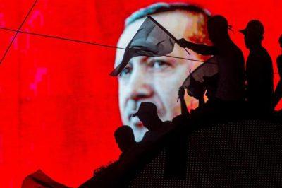 Törökország: leszámolnak a civil szervezetekkel - Kínzás ellen küzdő ügyvédek is a listán vannak