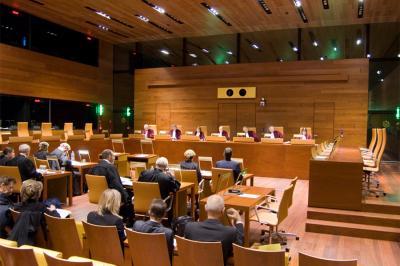 Jogsértő a bejelentést elmulasztókat megkopasztó magyar szabályozás
