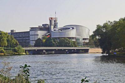 Kritikák kereszttüzében a strasbourgi bíróság