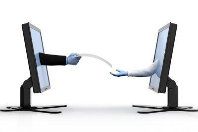 Az internetszolgáltatók nem adhatják ki a fájlcserélők nevét és adatait a Kúria ítélete szerint