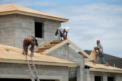 Tervezői művezetőt kell alkalmazni az új lakóházak építésénél