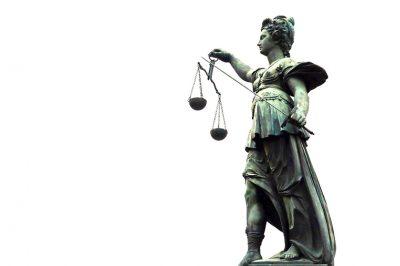 Rendkívül megerősödik a bírói kontroll a közigazgatás felett