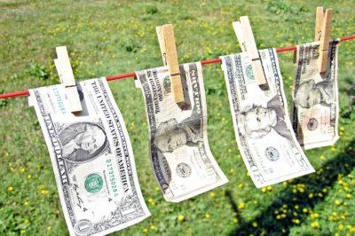Megerősített uniós szabályok léptek hatályba a pénzmosás ellen