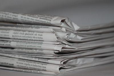 Politikai szereplők kommunikációs eszközként használják a sajtópereket - az FT szerint