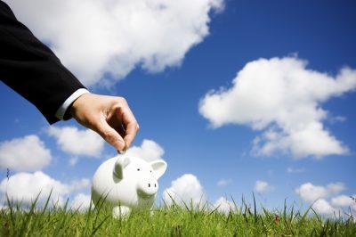 Jövőre adómentes lehet a külföldön nyitott tartós befektetési számla