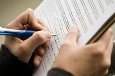 Cégbíróság – Frissítsünk, de új szerződésminták kellenek!