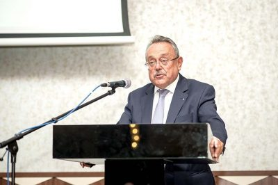 """Teret adni a szakmai és tudományos eszmecserének, egyúttal hatást gyakorolni a """"jog fejlesztésére"""" - mondta a XV. Jogászgyűlés céljairól  dr. Bánáti János, a konferencia elnöke"""