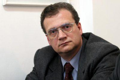 Alkotmánybíróvá választották Romániában dr. Varga Attilát