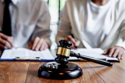 Házastársi közös vagyonnak minősül-e  az ügyvédi iroda tagjának vagyoni hozzájárulása?