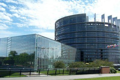 Bevonná az embereket a döntéshozatalba az Európai Unió