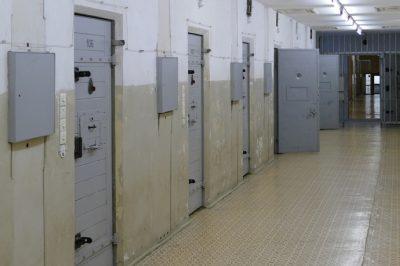 Börtön kisokos a Magyar Helsinki Bizottságtól