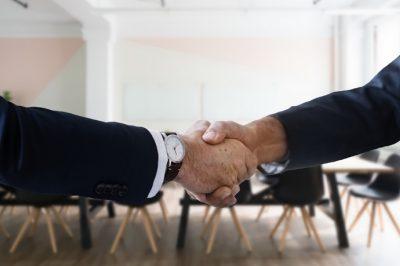 Együttműködési megállapodást kötött a Legfőbb Ügyészség és a Közbeszerzési Hatóság