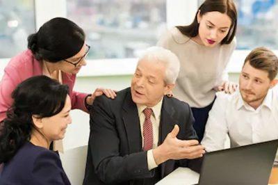 Hogyan érinti az ügyvédeket a nyugdíj melletti foglalkoztatás kedvezménye?