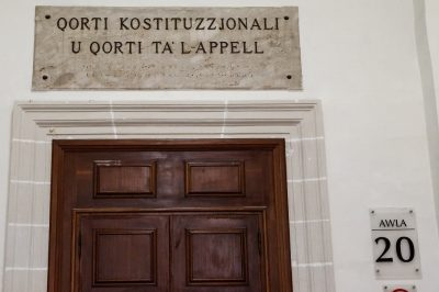 Ellentétes-e az uniós joggal, ha a miniszterelnök dönt a bírák kinevezéséről? – EUB döntés egy máltai eset nyomán
