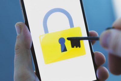 A jelszavak halottak – mondja a kiberbiztonsági szakértő