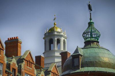 Budapestre látogat a Harvard Law School Association of Europe