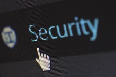 Fel kell készülni a kibertér kihívásaira
