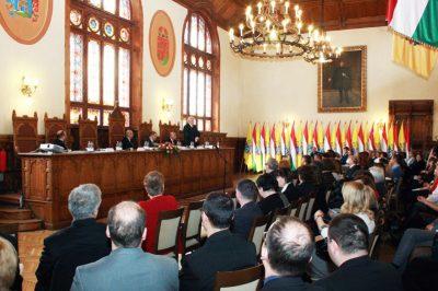 Az állandóság és a változás dialektikája a hazai jog rendszerében - Mire jutottak a kaposvári konferencián?