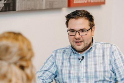 Átbillentünk az új világ küszöbén - Interjú dr. Klenanc Miklóssal, az MJE ifjúsági bizottságának elnökével