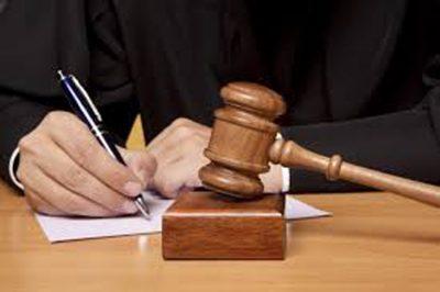 Külön törvény szabályozza a bírósági eljárások költségkedvezményét