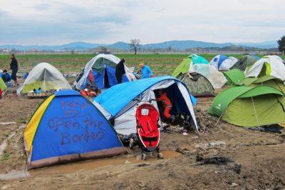 KORONAVÍRUS - EU: lazább határidők a menekültügyi eljárásra koronavírus idején