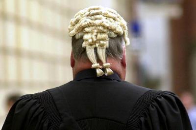 Megéri ügyvédnek lenni az Egyesült Királyságban