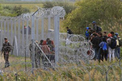 Egyezménysértőek és végrehajthatatlanok a menekülthelyzetre alkotott büntetőszabályok - az MHB szerint