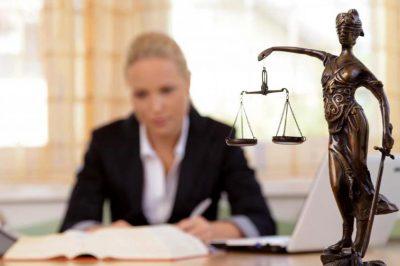 Milyen legyen az új Ügyvédi törvény? - Az IM nyolc tézise a javasolt változásokról