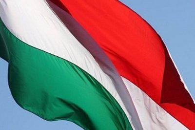 Kitüntetések nemzeti ünnepünk alkalmából - Dr. Sulyok Miklós a Magyar Érdemrend Tisztikeresztjének díjazottja