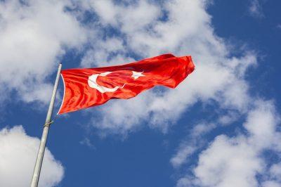 Nyolc jogászt vádolnak terrorszervezeti tagsággal Törökországban